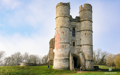 Donnington Castle Newbury 3.6 Mile Circular Walk